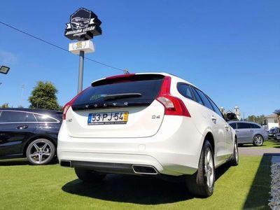 usado Volvo V60 2.0 D4 Kinetic (181cv) (5p)