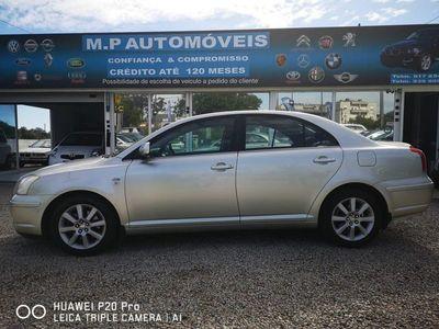 used Toyota Avensis 4 portas