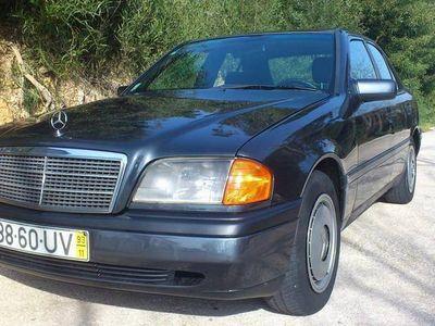 usado Mercedes C200 2.0 Diesel - 93
