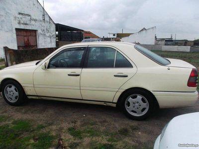 usado Mercedes C220 2000 diesel -