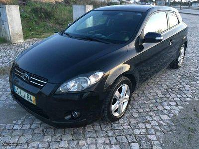 usado Kia cee'd 1.6 Crdi 115cv ...Coupe