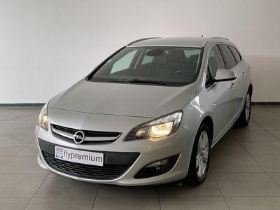 usado Opel Astra Sports Tourer 1.6 CDTi Dynamic GPS