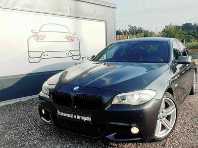 usado BMW 525 D Pack M Auto interior e exterior Nacional
