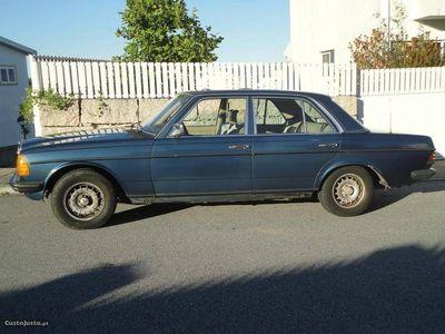 brugt Mercedes 300 D 123