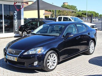 usado Lexus IS220d Luxury 2D