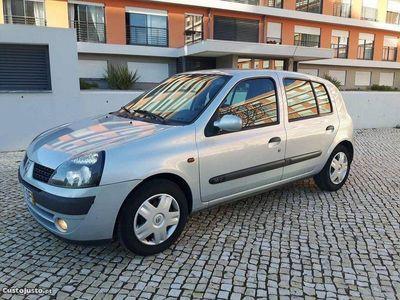 usado Renault Clio 1.2 16V 75CV 2001 IMACULADO -