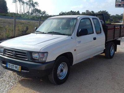 usado Toyota HiLux 4x2 Xcab
