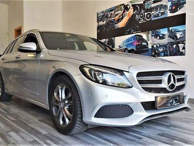 usado Mercedes C300 BlueTEC Hybrid Avantgarde +