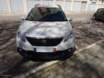 usado Peugeot 2008 1.2 PureTech 110cv