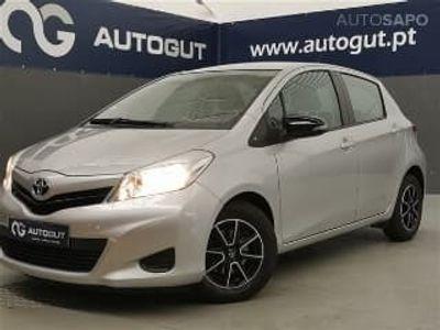 usado Toyota Yaris 1.4 D-4D Active (90cv) (5p)