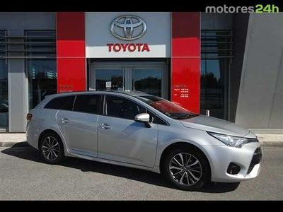 usado Toyota Avensis SW 1.6 D-4D Luxury