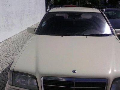 usado Mercedes C200 w124 -