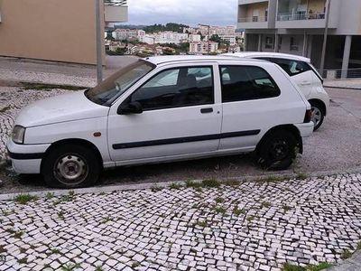 gebraucht Renault Clio 1.9 D
