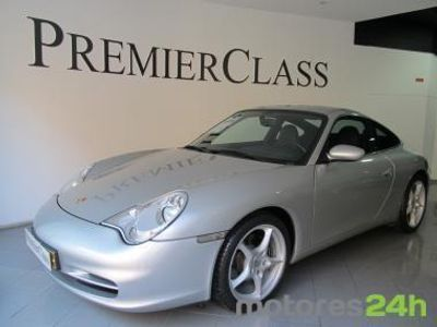 usado Porsche 911 Carrera 996 2 livro na marca