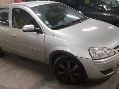 usado Opel Corsa 1,2 twinport