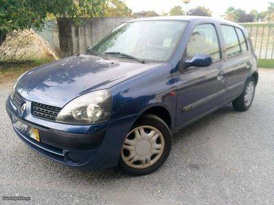 usado Renault Clio 1.2 16VI (75cv)