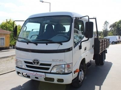 usado Toyota Dyna M35/33 CAB/DUPLA // 144 CV // 2015