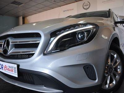 usado Mercedes GLA180 XENON GPS CAMARA TRAS