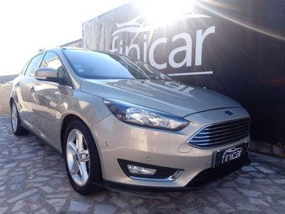 usado Ford Focus 1.5 TDCi Titanium