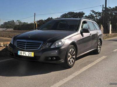 usado Mercedes E200 carrinha 7 lugares