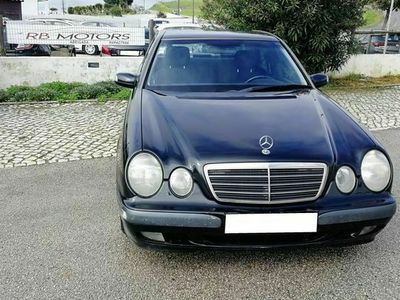 usado Mercedes E220 Classic