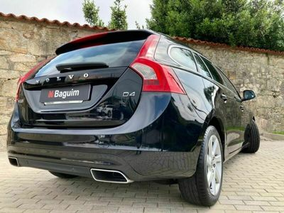 usado Volvo V60 2.0 D4 Momentum