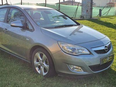 usado Opel Astra CDTI