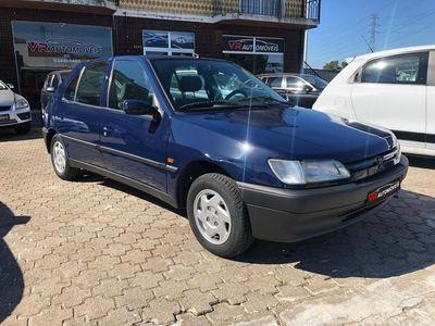 usado Peugeot 306 Hatchback 1.1 Gasolina