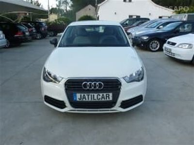 usado Audi A1 1.6 TDI Attraction (105cv) (3p)