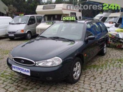 usado Ford Mondeo SW 1.8 TDI C/ AC - NITROCAR -
