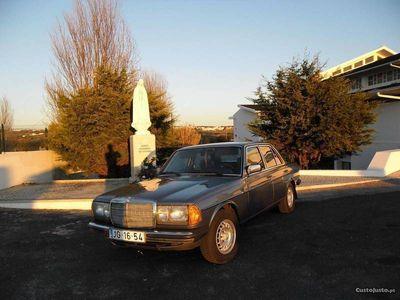 usado Mercedes 240 W - 123 Restaurado - 81