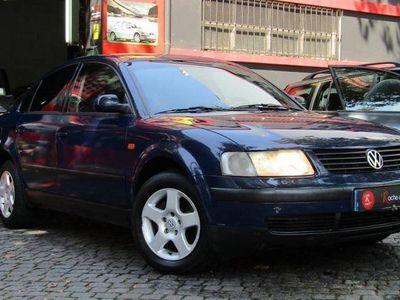 usado VW Passat 1.9 TDi Conforline -