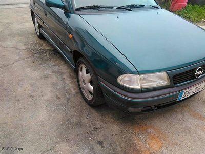usado Opel Astra portas