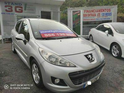 usado Peugeot 207 Premium 1.4i 95CV