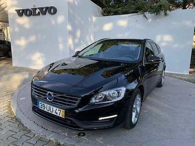 usado Volvo V60 D6 285cv PHEV Momentum AWD Geartronic 6 Vel.