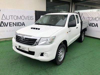 usado Toyota HiLux X-CAB 4X4