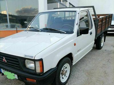 usado Mitsubishi L200 4x2 3 lugares