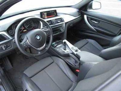 usado BMW 318 Série 3 d Touring Auto Line Luxury