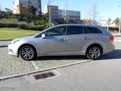 usado Toyota Avensis SW 2.0 D-4D Comfort -