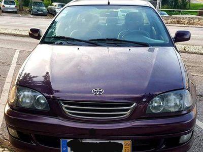 usado Toyota Avensis 2.0 D