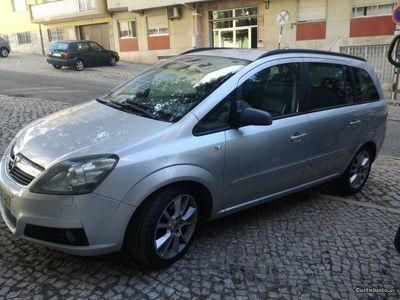 usado Opel Zafira 1.9cdti cosmo