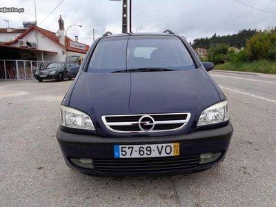 usado Opel Zafira DTi Design Edition