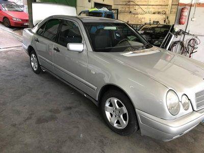 usado Mercedes E220 classic cdi - 99