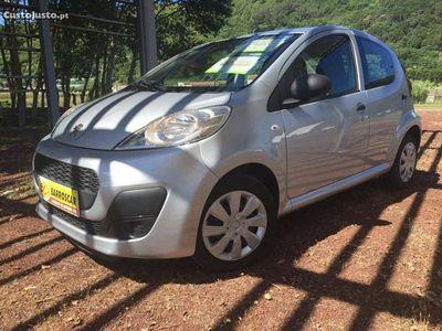usado Peugeot 107 1.0 Trendy -
