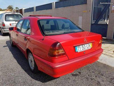 usado Mercedes C220 2.2 d - 94