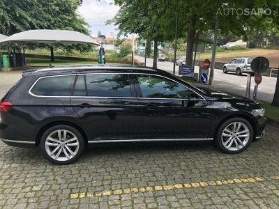 usado VW Passat V. 2.0 TDi Highline SCR BlueMotion DSG (190cv) (5p)