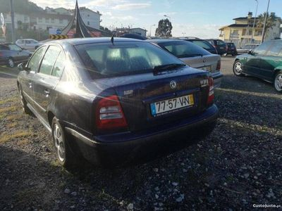 usado Skoda Octavia 1.6 Gasolina -