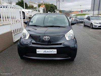 usado Toyota iQ 1.4 D4D -