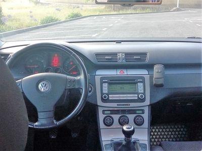 usado VW Passat 1.9 TDi Confortline (105cv) (4p)