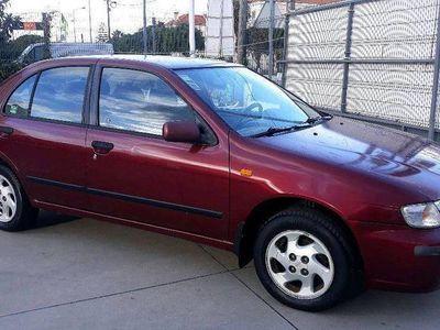 usado Nissan Almera 1.4 i 16v slx
